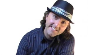 Lyle Huddlestun leaning